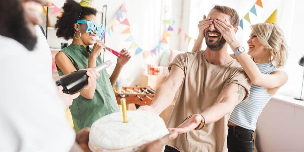adult friends celebrating birthday with birthday freebies