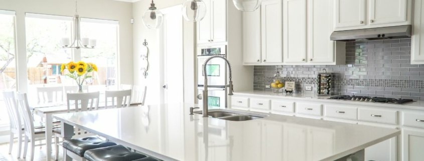 free home makeover of a kitchen - gorgeous!
